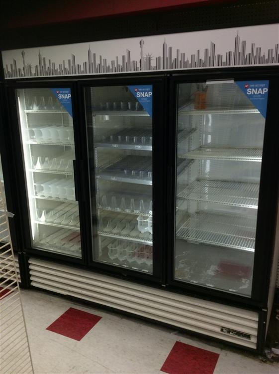 3 Door True Self Contained Cooler Aa Store Fixtures Used